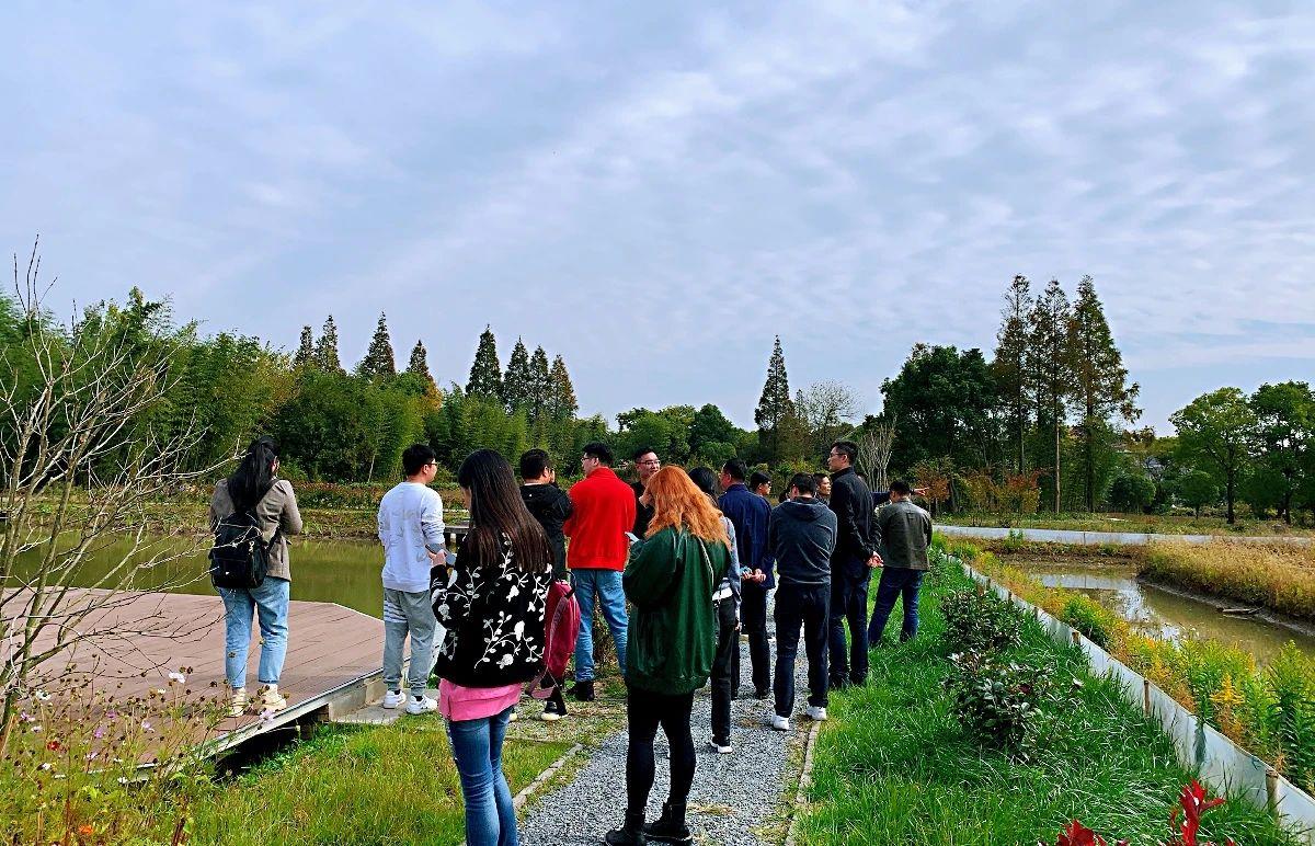 欢声笑语在今朝,满怀豪情向未来-市北高新园区在瑞茵开心农场召开联谊会